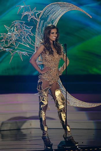 Rathi Menon, Miss Universo 2015,