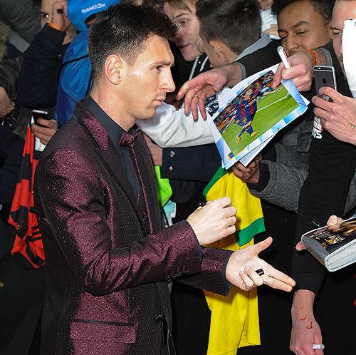 Leo Messi, Míralos