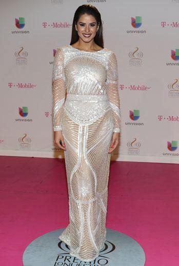 Premio Lo Nuestro 2015, ellas, alfombra, Vanessa De Roide