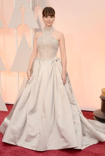 Premios Oscar 2015, alfombra roja, Felicity Jones
