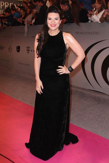 Premio Lo Nuestro 2015, ellas, alfombra, Laura Pausini