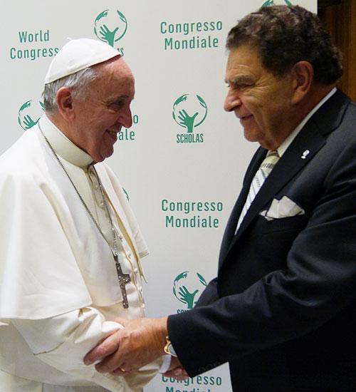 Don Francisco, Papa Francisco, Míralos
