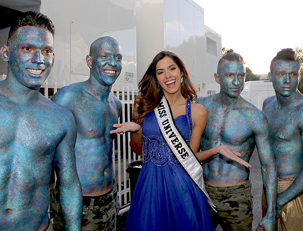Paulina Vega, Míralos
