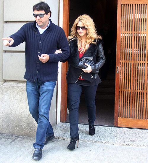 Shakira, Tonino Mebarak, Míralos