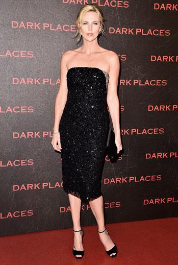 El look del día, Charlize Theron
