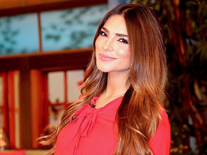 Alejandra Espinoza