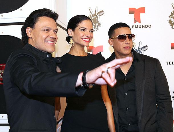 Daddy Yankee, Pedro Fernández, Natalia Jiménez, Míralos