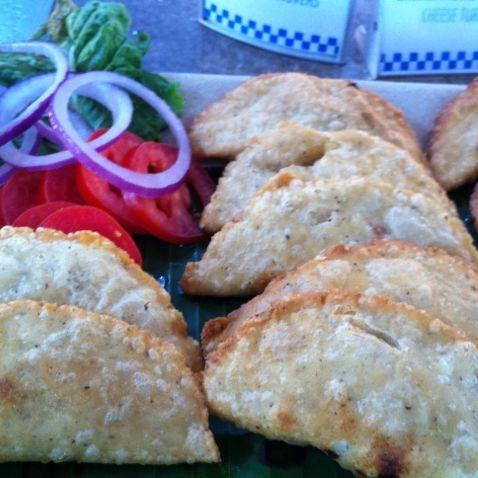 Empanadas de atún a la mexicana