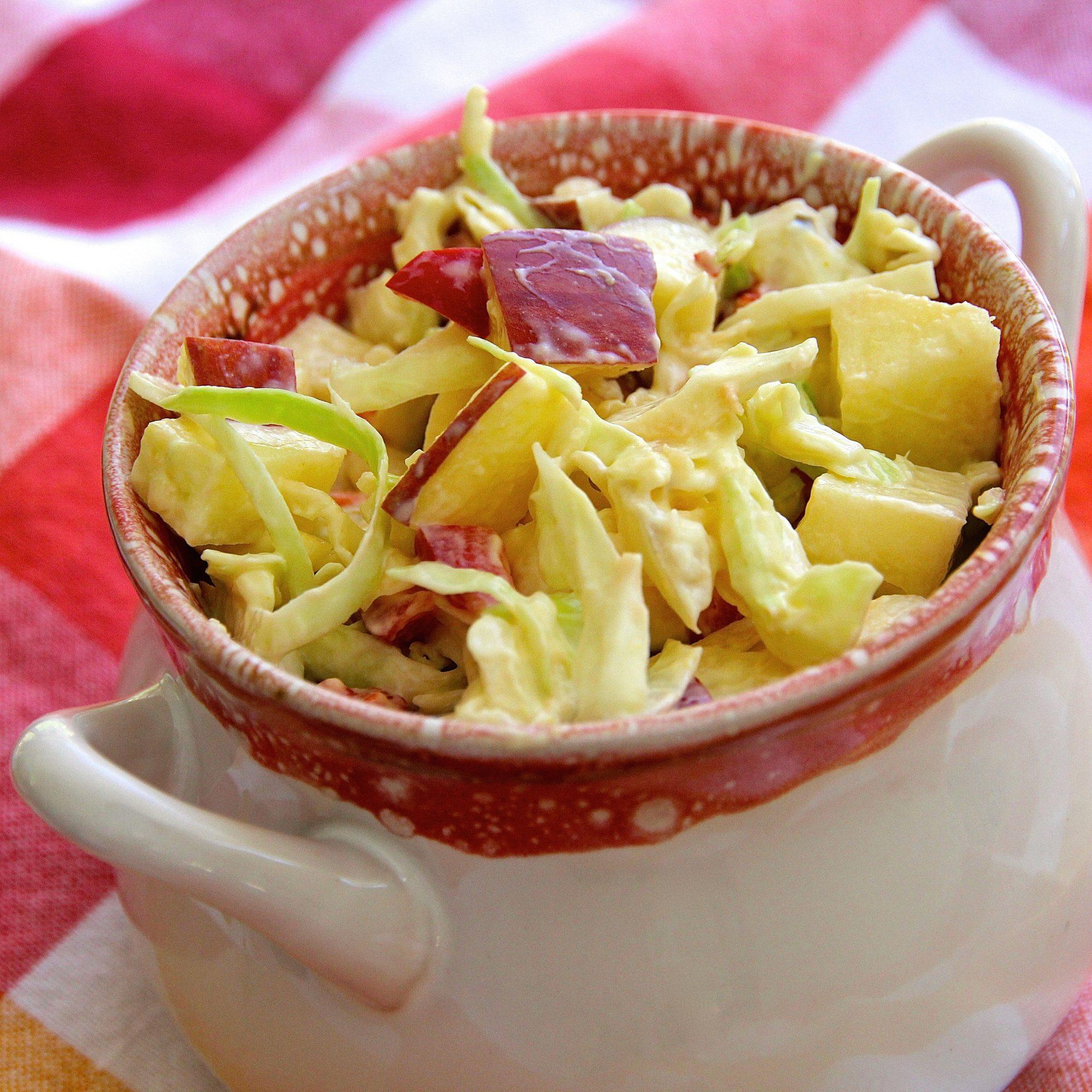 Ensalada de col y manzana