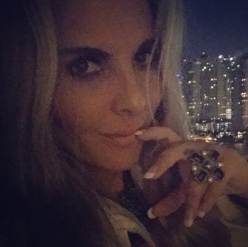 Kate del Castillo, Instagram