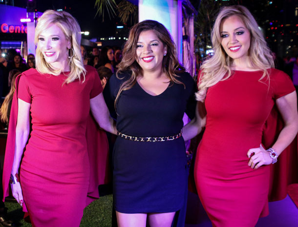 Johanna Hernández, Rosie Rivera, Paula White, Míralos