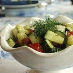 Ensalada de pepino y jitomate fácil