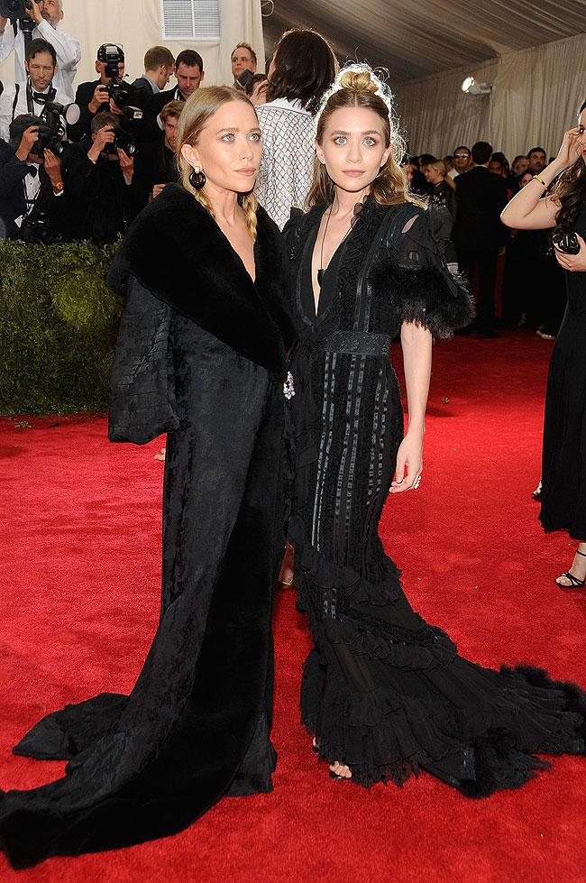 Mary-Kate Olsen, Ashley Olsen,