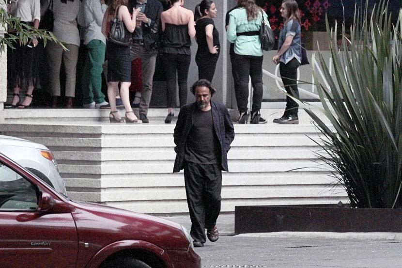 Alejandro González Iñarritu, Míralos