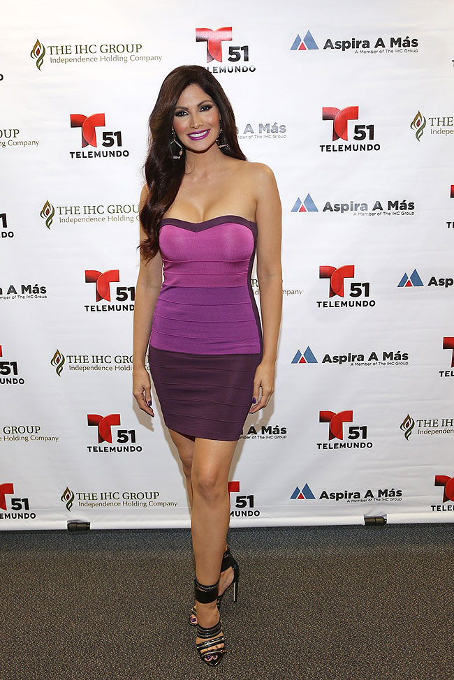 Cynthia Olavarría, Míralos