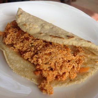 Tacos de hueva de pescado