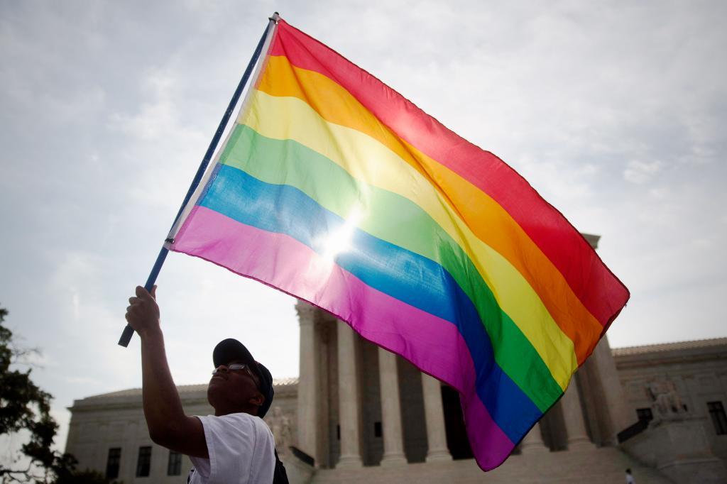 Corte Suprema aprueba matrimonio del mismo sexo