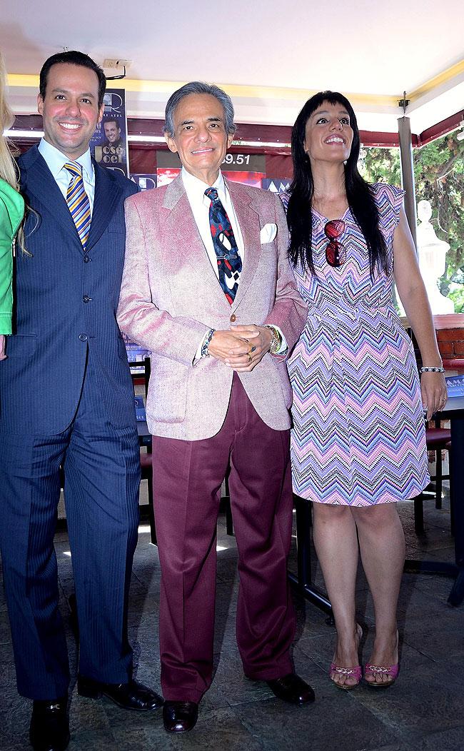 José José, José Joel, Marisol Estrella, Míralos