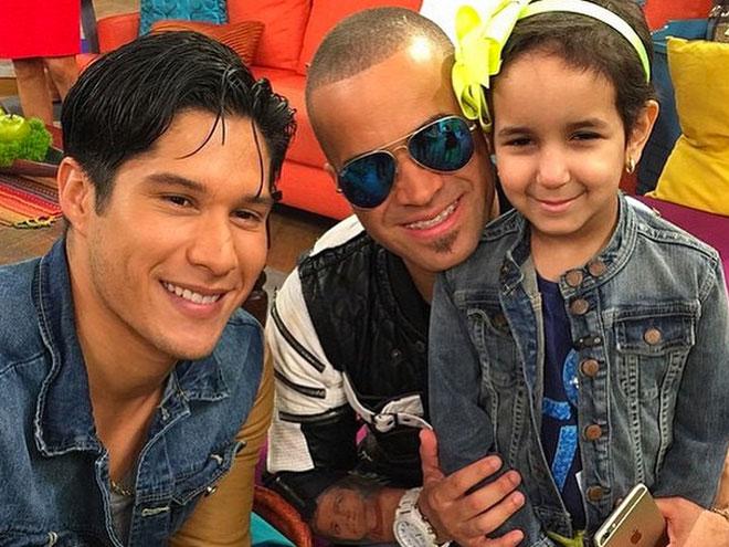 Chino y Nacho con Salma Richani