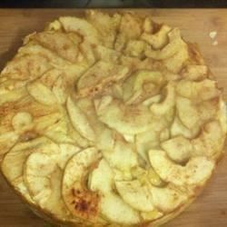 Pastel de queso con manzanas
