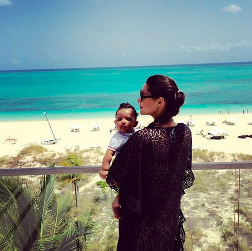 Bebés en Instagram, Amalia Vega