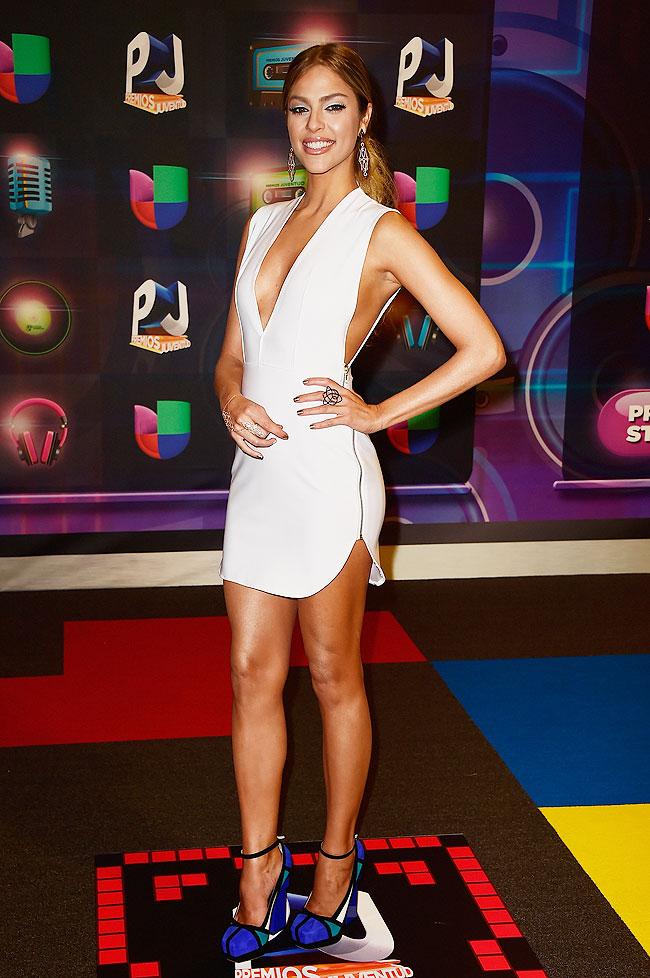 Daniela Di Giacomo, Premios Juventud