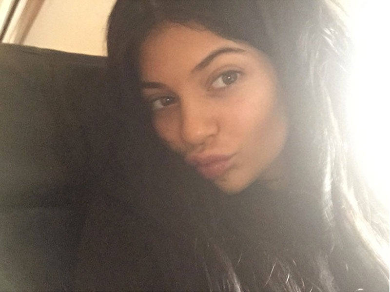 Kylie Jenner, famosas sin maquillaje, al natural