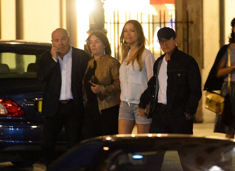 Antonio Banderas, Nicole Kimpel, Míralos