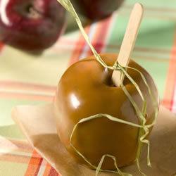 Manzanas cubiertas de caramelo suave