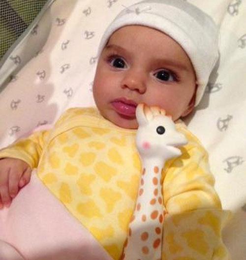 Aitana Derbez, primer año