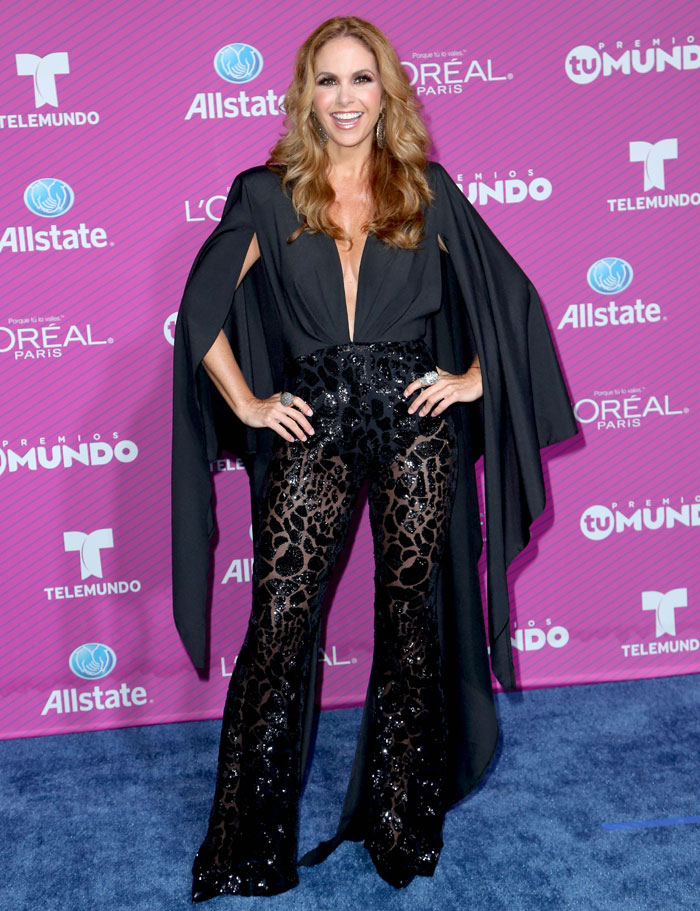 LUCERO, Premios Tu Mundo 2015