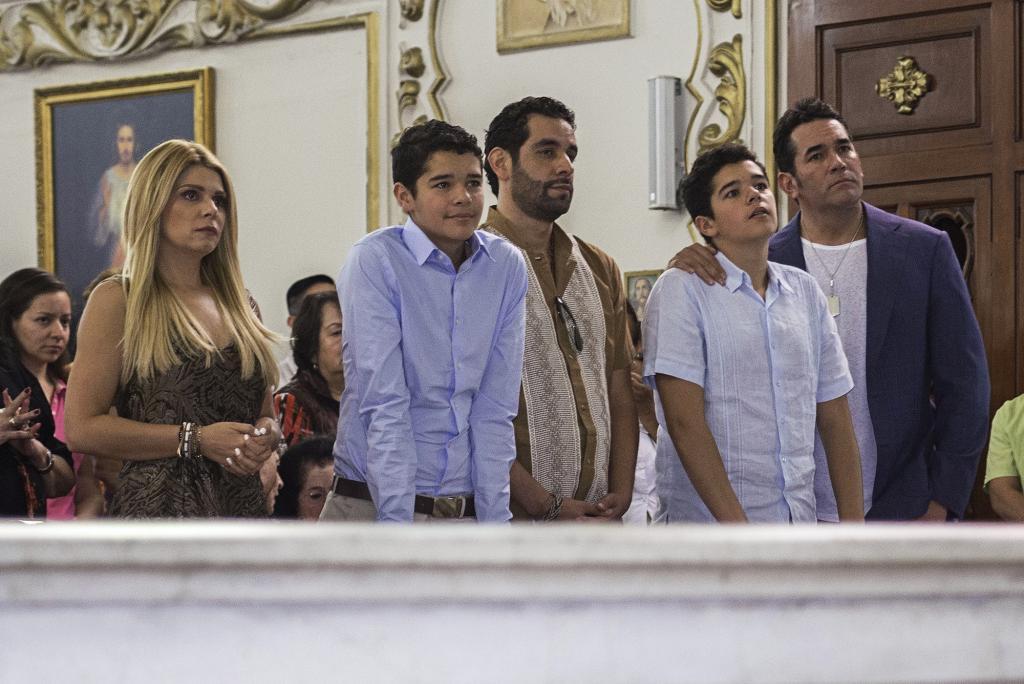 Eduardo Santamarina, Itatí Cantoral, Eduardo, Roberto