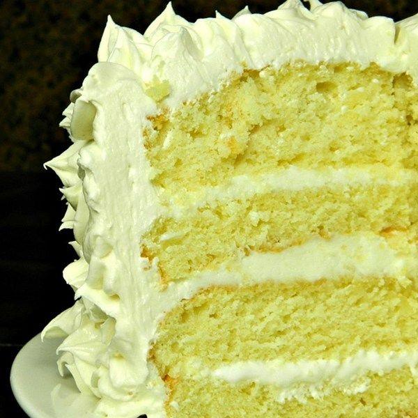Pastel de cumpleaños sencillo