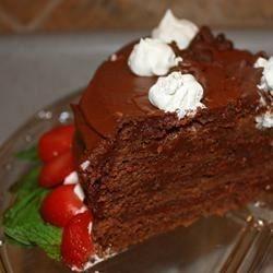 Pastel de chocolate con cocoa holandesa