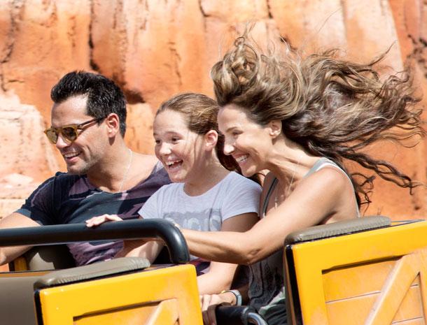 Cristian de la Fuente, Angélica Castro, Laura, Disney, vacaciones