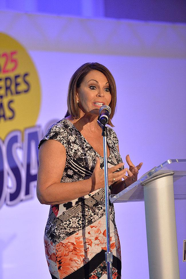 María Elena Salinas