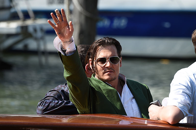 Johnny Depp, Míralos