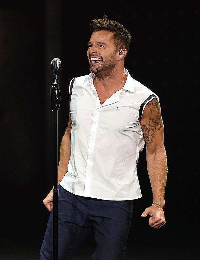 Ricky Martin, Míralos