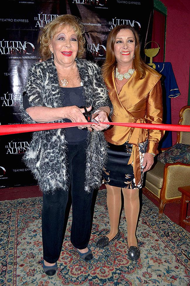 Silvia PInal, Sylvia Pasquel, Míralos