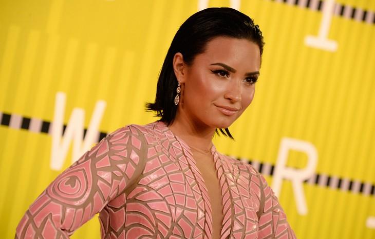 Demi Lovato, MIMI