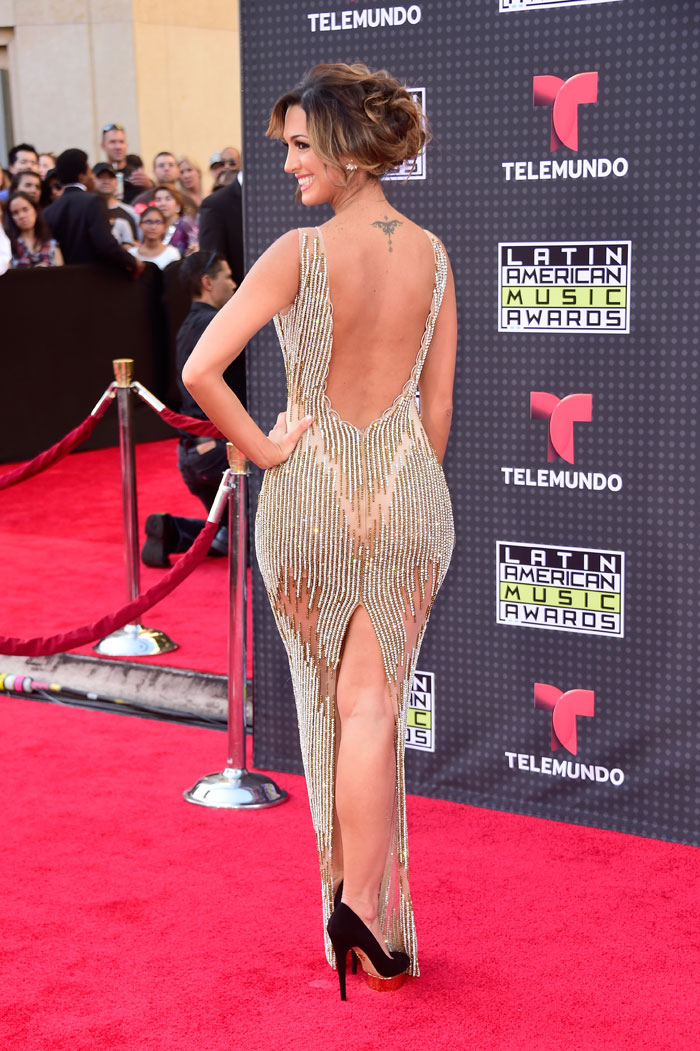 Latin American Music Awards 2015, Erika Csiszer