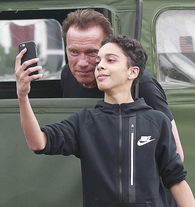 Arnold Schwarzenegger, Míralos