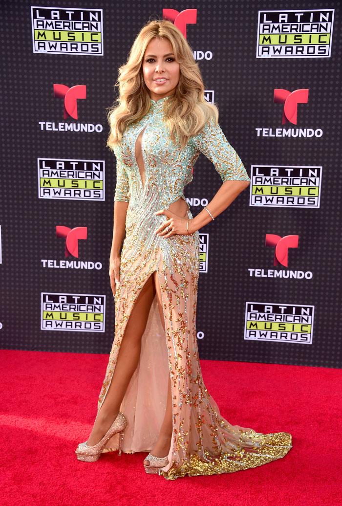 Latin American Music Awards 2015, Gloria Trevi