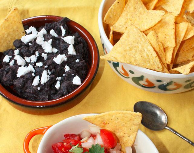 Hummus de frijoles negros