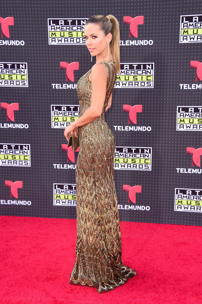 Latin American Music Awards 2015, Ximena Duque