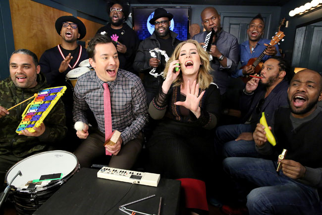 Adele canta con Jimmy Fallon y The Roots