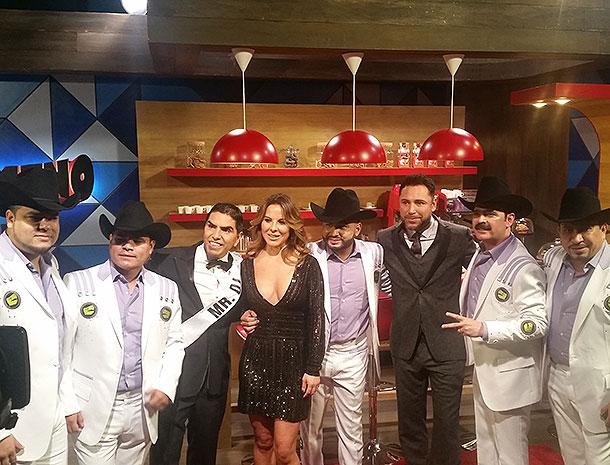Premios de la Radio, Kate del Castillo, Oscar de la Hoya, Piolin y Los Tucanes de Tijuana