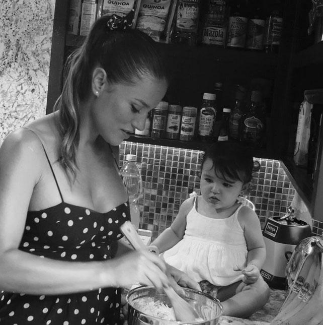 Bebés en Instagram, Regina