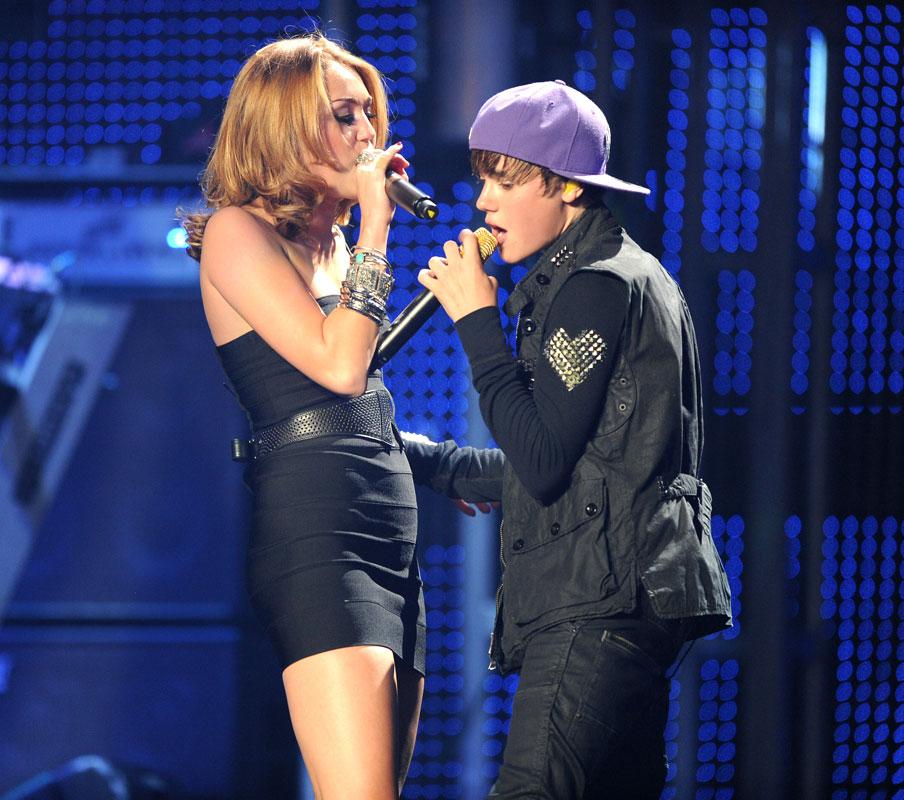Parejas para Bieber, Miley Cyrus