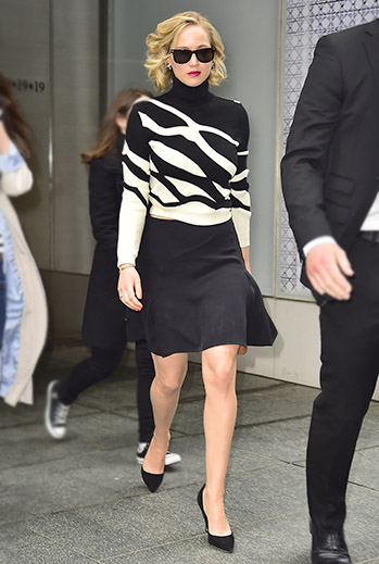 Jennifer Lawrence looks